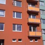 Revitalizace zahrnovala i opravu balkonů