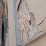 Fasáda domu byla v havarijním stavu